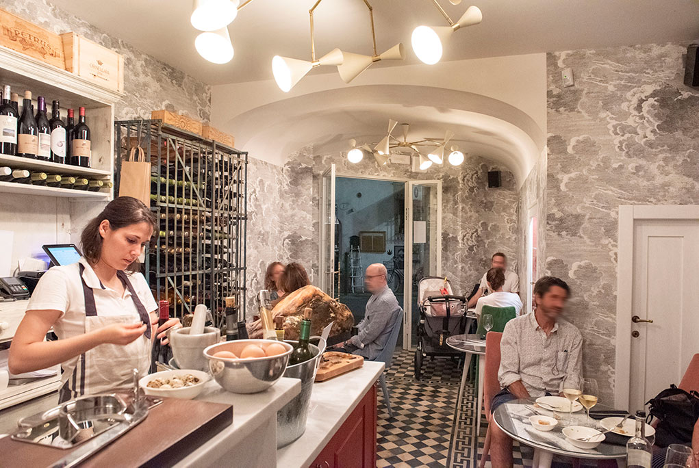 4 Leoni Wine Bar in the historical center of Firenze